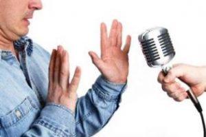 cara mengatasi panik saat berbicara di depan umum saat tampil pertama kali