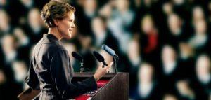 maksimasi otoritas saat tampil berbicara di depan umum dengan baik