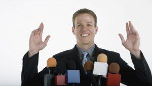 Ciri-ciri Pembicara Yang Efektif Menyampaikan tema presentasi
