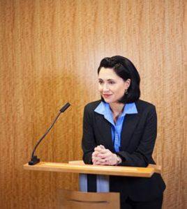 menjadi pembicara yang baik di depan umum tampil percaya diri