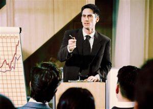 Cara mengatasi audiens yang sulit cara menjadi pembicara handal