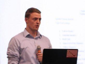 Pembicara Efektif Dengan Sikap Pencerita Yang Baik