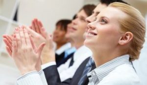 presentasi efektif dengan cerita tips public speaking di depan umum