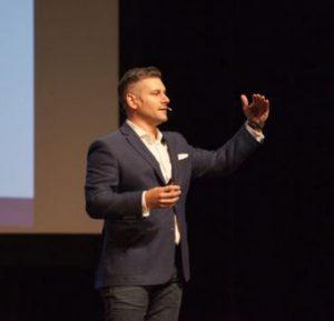 materi Kursus Public Speaking Cara Menjadi Pembicara yang Percaaya Diri