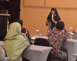 Model Training Public Speaking Juru Bicara Indonesia (1)