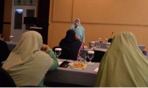Model Training Public Speaking Juru Bicara Indonesia (2)