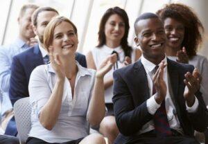 cara menjadi public speaker handal di depan umum