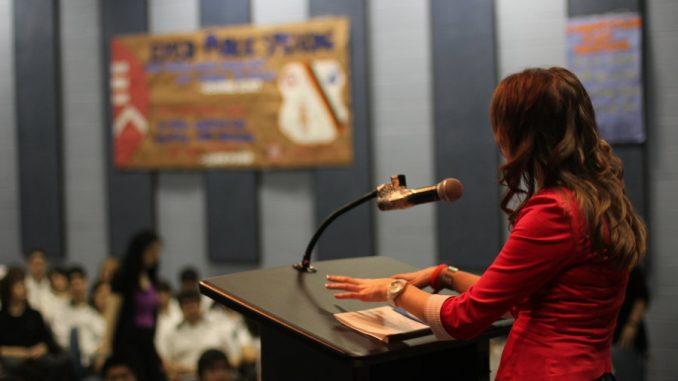 cara menjadi pembicara sukses dalam sekejap tips public speaking