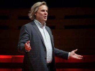 Rahasia Kekuatan Otoritas Pembicara Publik Berani Tampil Berbicara di depan umum