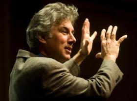 cara menyampaikan pidato yang hebat di depan audiensi pendengar