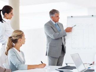 Kelas Training Public Speaking Menjadi Pembicara Yang Percaya Diri